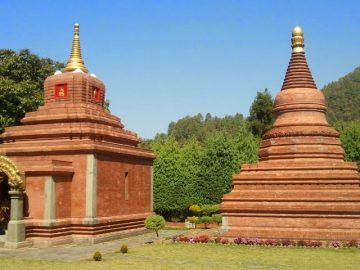 bao-thap-godavari-tai-chatral-gompa-nepal-
