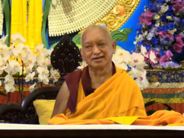 Kyabje-Zopa-Rinpoche-teaching-in-Singapore-on-6Mar2016